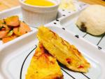 息子ご飯👶★朝ごはん#おからレーズンパン@otoufuishikawa にて購入#スパニッシュオムレツ#レタスと魚肉ソーセージの炒め物 #かぼちゃと豆腐のプリン風#りん…のInstagram画像