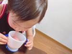 以前紹介した『こどもフルーツ青汁 赤の恵』1包を50mLの水や牛乳に溶かすだけ!ダマにもならず、サッと溶けてくれました💗美味しい💕美味しい💕と飲むごとに反応してくれました🤣…のInstagram画像