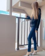 『ELESLIM エレスリム』世界的ボディメイクトレーナー の、佐久間健一さんプロデュースのビューティーメイクレギンス🦵💕モデル体幹筋というのを初めて知ったのですが、体幹と脚の…のInstagram画像