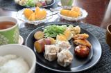 今日のワンプレートお昼ごはん!マルハニチロの冷凍食品がメインです!/guraさんの投稿