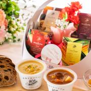 株式会社モンマルシェの取り扱い商品「【母の日ギフト】野菜をMOTTO レンジで1分ゴロっと野菜スープ」の画像
