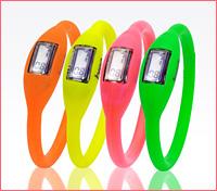 人気のbreo(ブレオ)に、2010年夏限定の新色ネオン4色が登場!