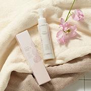 株式会社HRCの取り扱い商品「LUNA natural up cream」の画像