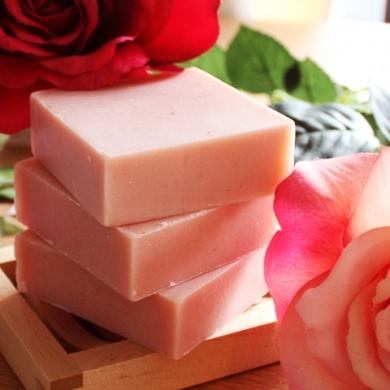 無添加石鹸のジョーンズオリーブ「オリーブ生石けん」洗顔石鹸