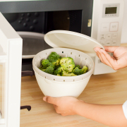 「【5名様】食欲の秋に食べたい♪簡単メイン料理のレシピ募集! ボール&コランダーセット」の画像、リス株式会社のモニター・サンプル企画