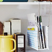 株式会社フェリシモの取り扱い商品「ダイニングをあっという間にお片づけ テーブルハンギングラック」の画像