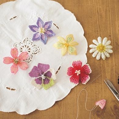 瑞々しい花びらのきらめき ビーズステッチフラワーの会