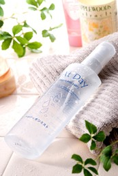 ふき取り化粧水はもう不要!?新感覚のマイナスイオン化粧水「アクアイオンミスト」