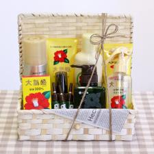 大島椿株式会社の取り扱い商品「豪華!大島椿スペシャルBOX」の画像