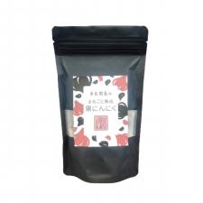 株式会社しまのやの取り扱い商品「沖縄県産まるごと熟成黒にんにく」の画像