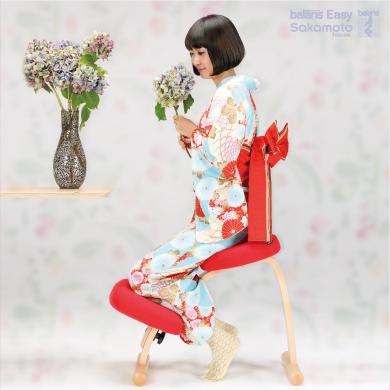 座った瞬間、姿勢ピン!Sakamoto houseのバランスチェア・イージー