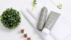 株式会社LIT INNOVATIONの取り扱い商品「卵殻膜配合♪アンチエイジングもできる美髪シャンプー&トリートメント「アスロング」」の画像