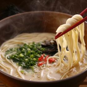 株式会社かば田食品の取り扱い商品「九州生屋台ラーメン 6食入」の画像