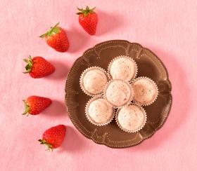 株式会社コロンバンの取り扱い商品「仙台のいちご焼きショコラ」の画像