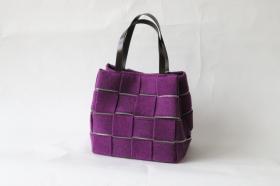 アルマトヌッティ ウールフェルトバッグの商品画像