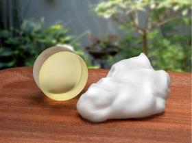 馬プラセンタと馬油の美容液石鹸「プラケアEQソープ」の商品画像