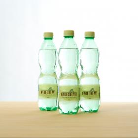 「天然炭酸水NABEGHLAVI(ナベグラヴィ)(興和株式会社)」の商品画像