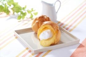 「牛乳と卵のカスタード&ホイップシュー (モンテール)」の商品画像
