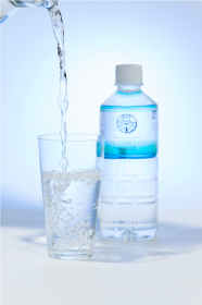 「岩深水 500mlペットボトル 【40本入り】(株式会社岩深水)」の商品画像の3枚目