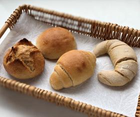 【自然栽培小麦使用】無肥料の冷凍パンアソートセット(青森県 SKOS合同会社)の商品画像