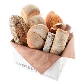 「【送料込】石窯パン&バラエティブレッド2016(株式会社アンデルセン)」の商品画像