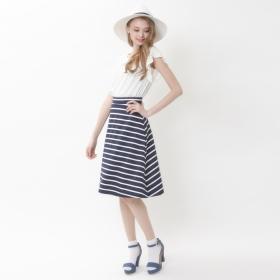 【titivate】膝丈ボーダーフレアスカートの商品画像