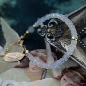 天然石ムーンストーン ブレスレットの商品画像
