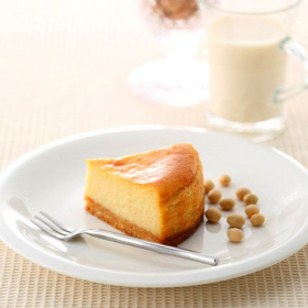 株式会社ビオクラ食養本社の取り扱い商品「マクロビオティックケーキ  大吟醸 おとふけ豆腐ケーキ」の画像