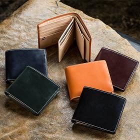 英国製ブライドルレザー使用の二つ折り財布【BRITISH GREEN】】の商品画像