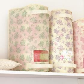 春夏秋冬をめぐる収納 圧縮せずに立てて並べる大きめサイズの衣類収納袋の会の商品画像