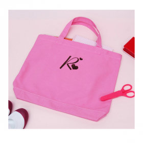 刺繍イニシャルレッスンバッグ(ピンク)の商品画像